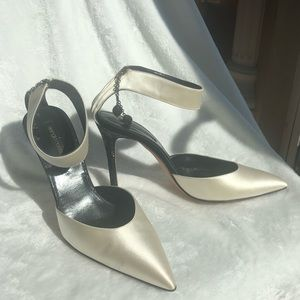 Sergio Rossi white satin w black crystal heel 38.5